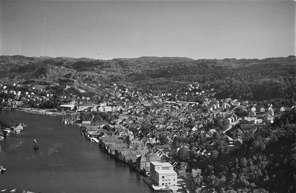 Egersund 1952. Foto: Widerøes Flyveselskap AS