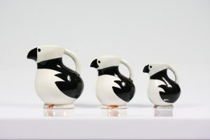 Three razorbill jugs (Alkemugge). Photo: Tønnes Gundersen