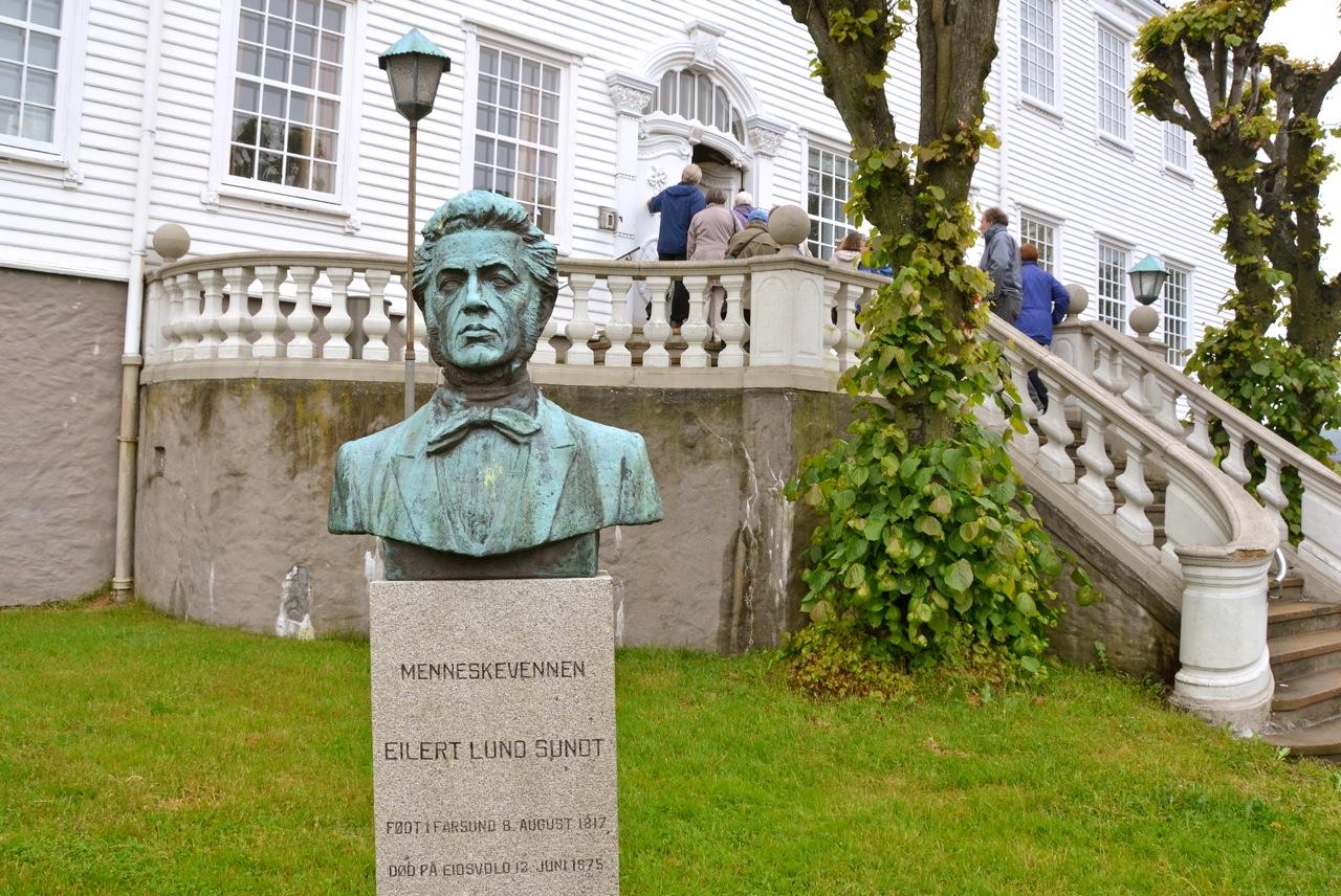 Vi vil bare minne om at Eilert Sundt, kanskje mest kjent som Norges første sosiolog, langt tilbake har familierøtter i Egersund. Foto: Torbjørn Bøe.